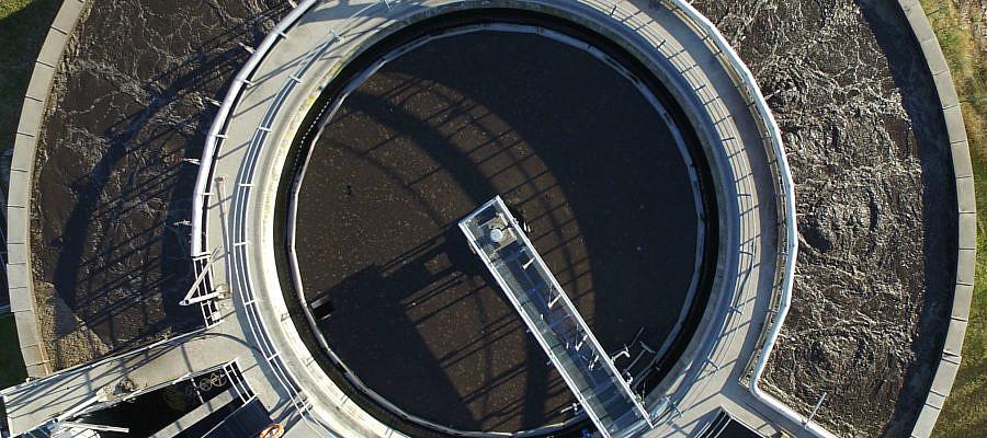 Geavisove aerofotografije v letnem poročilu družbe Petrol