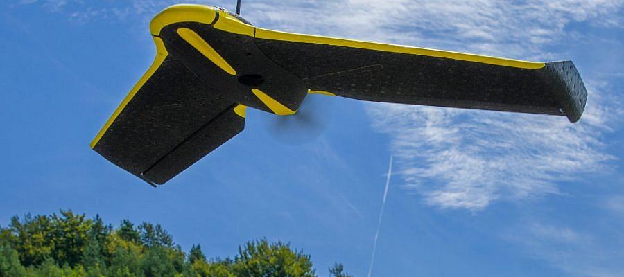 Kako je lahko lahki brezpilotni letalnik dovolj stabilen, da posname visokoresolucijske aerofotografije?