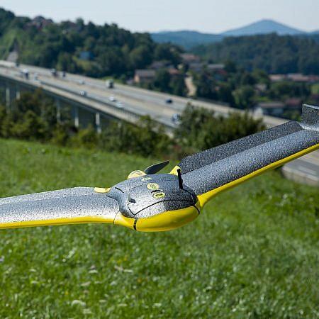 Kako najdemo svoj brezpilotni letalnik, če ta odleti izven območja radijskega signala ali strmoglavi?
